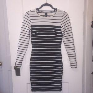 NWOT H&M long sleeve dress
